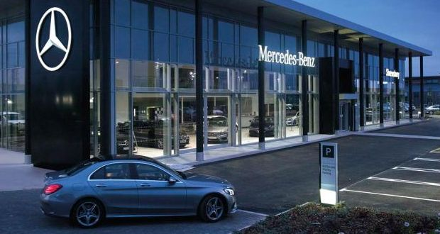 Mercedes benz retail profits fall 48 to 9m in 2015 for Mercedes benz dealers in germany