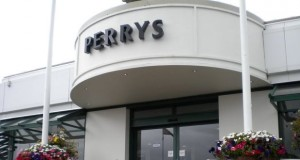 Perrys_signage_620