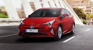 Toyota_Prius_2016_620