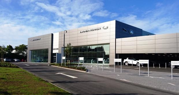 Peter Vardy opens Jaguar Land Rover centre in Aberdeen