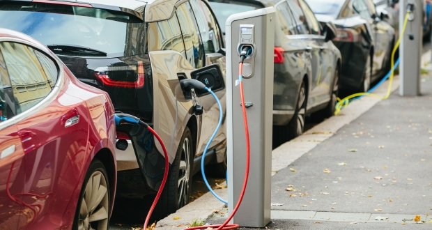 Imi Lobbies For Electric And Hybrid Vehicle Technician
