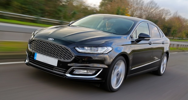 ford mondeo vignale 2015 review. Black Bedroom Furniture Sets. Home Design Ideas