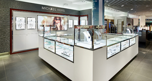 Fossil opens store at frankfurt s heinemann duty free for Michaels craft store watches