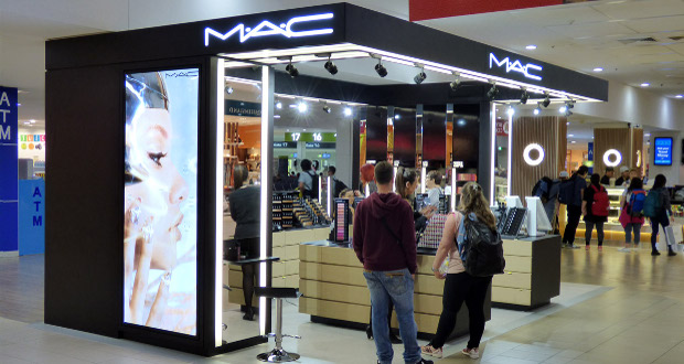 lagard re travel retail opens mac cosmetics in cairns. Black Bedroom Furniture Sets. Home Design Ideas