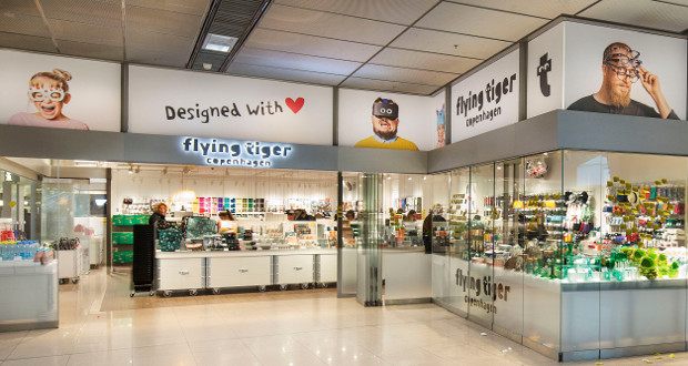 new flying tiger store opens at hamburg airport. Black Bedroom Furniture Sets. Home Design Ideas