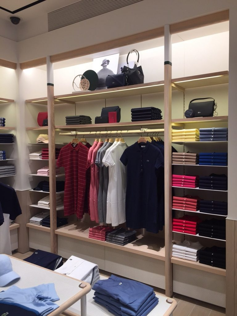 8cf0b94b925038 The boutique is the brand s first travel-retail store in Asia Pacific to  present Lacoste s new concept  Le Club.