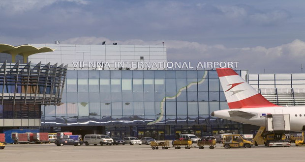how to get from airport to vienna